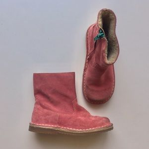 Mini Boden girls size 12.5 Sherpa lined boots.
